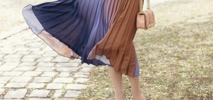 Ombre pleated blogger skirt